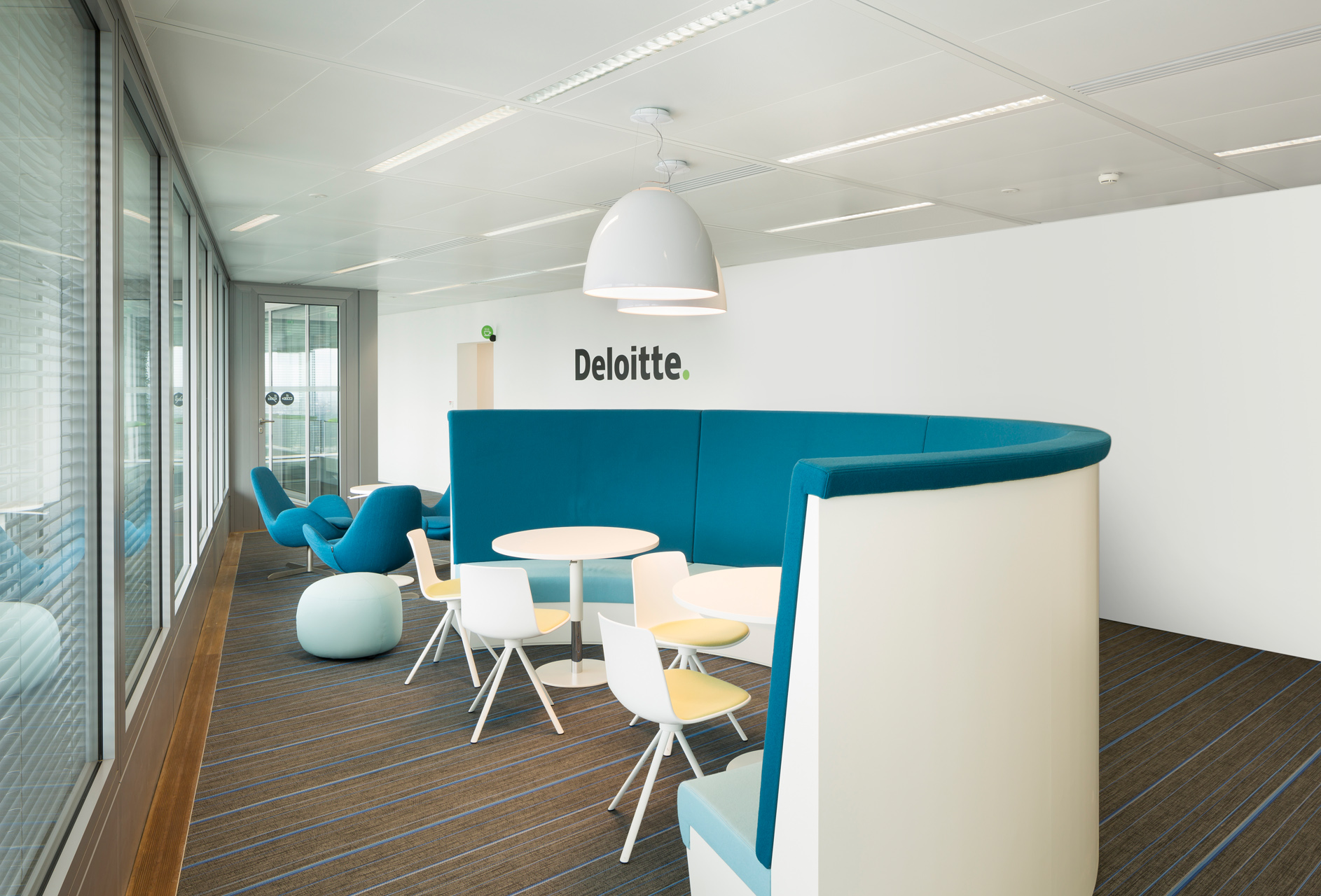 Flint Blue • Deloitte - France
